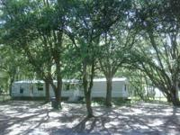 3/2 single wide mobile home in north lakeland. Almost