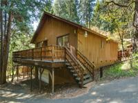 (Lakewood Dr, Pollock Pines) Charming cabin in the