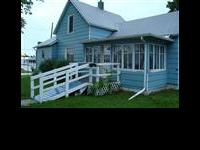 FANTASTIC STARTER HOME ... 1.50 Story Bungalow with