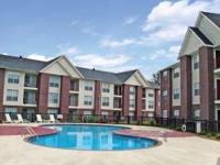 Description River Pointe is a beautifully landscaped
