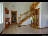 Stunning Horse Property!!Bring all your toys, 2 4 car