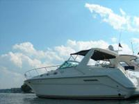 1994 Sea Ray 37 SUNDANCER Offshore-capable express with