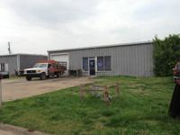 Shop & office space approx 1500 Sq ft available for