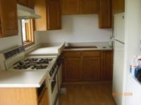 2 bedroom 1 bath unit in townhouse style fourplex for
