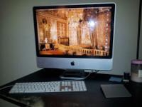Gorgeous 2008 model 24inch iMac. Currently running Snow