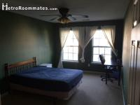 Sublet.com Listing ID 2555544. 1 Bedroom in a 3rd.