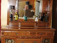 Oak tone dresser with shelf/mirror top (2 pcs) . 64L x