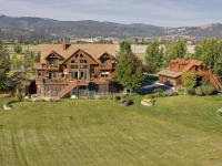 Montana countryside River Estate on 10 acres boasting