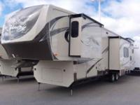 2013 HEARTLAND BIG COUNTRY 36' , GOLD/BRONZE,