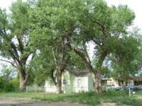 Seeking to loosen up in rural setting w/ stunning huge