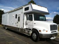 2002 Freightliner FL112 renegade 22ft living area and