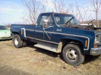 1979 GMC 1 heap Chevy has clean title. Had actually