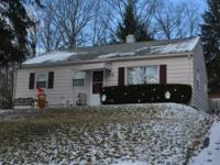 Come and see this cheerful , 3 bedroom, 1 bath ranch