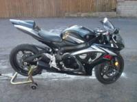 ***price reduced*** 2007 Gsxr 750 in great shape. 1st