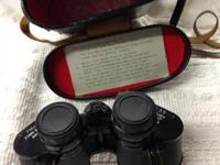 Nice old binoculars in case $5  located near Three