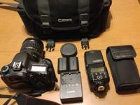 7D for sale with camera bag and everything pictured.