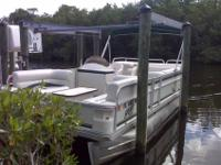 2003 Crest Pontoon with a 50hp Yamaha Oil injected 2