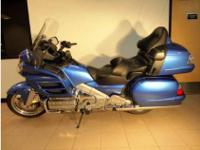 brand new blue 2009 honda goldwing xm abs