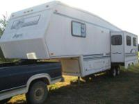Here you have a 32ft Jayco Designer Series Trailer with