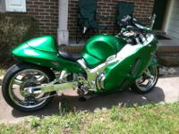 Custom 2000 Suzuki Hayabusa with clean and clear title.