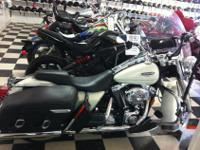 We are selling a used 2002 Roadking Classic. It has