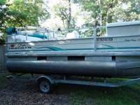 ONLY TWO OWNERS, 2006 SUNTRACKER MARINE PARTY BARGE