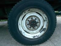 4 8.75R 16.5LT tires on rims 32 lugs Tires still have
