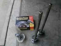 4 lug moser 35 spline axels with c-clip eliminators and