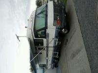 1990 34 Kountry aire 454/400, in good shape new tires,