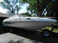 Hi, for sale is a 1996 Rinker Captiva 232 with a