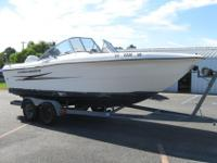 1992 Hydra-Sport 2000 DC Dual Console Boat powered by a