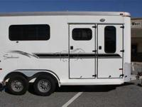 2001 Sundowner ValueLite two Horse Bumper Pull 8,999