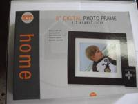 "8"" Digital Photo Frame Memory card slot Remote Control"