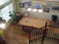 Beautiful Solid Maple Pool Table With Tan Felt,