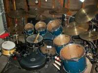 Drum Kit: Pearl Master Studio Birch Shells. Sparkle