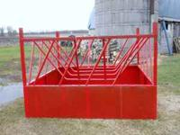 8' sq. round bale feeder bale sits in cradle 2' off of
