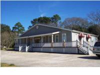COMMERCIAL BUILDING WITH EASY ACCESS AVAILABLE ALL OR