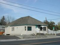 Office/Commercial building for lease! Great corner
