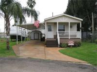 2011 Athens Manufactured Home Shows like new! 2 BRs, 1