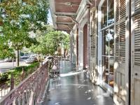 Phenomenal Faubourg Marigny condominium features huge
