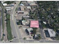 10,000 sqft lot, 1 block off of Airport and 51st