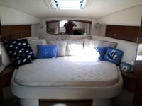 2004 320 Sea Ray blue hull. 210 hours. Risers manifolds