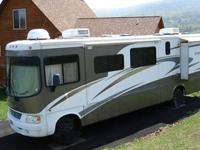 Sleeps 6, 2 air conditioners, awning and 3 slides, has