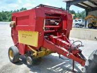 848 New Holland Round Baler, 4X5 bale, Electric Twine