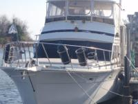 This is a clean and well-maintained motoryacht with all
