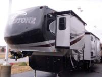2013 COACHMEN BROOKSTONE 36' , DIAMOND/ESPRESSO, 367RL