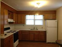 Available now, 2 Bedroom, 1 Bath, cozy 1st floor apt,