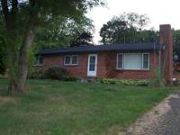 Available Oct. 1ST. . ..3 bedroom 2 bath, 1250 sq.,