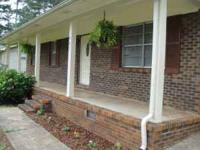 Very Nice - Recently remodeled 3br/2ba home. 2 nice