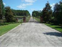 Gorgeous 10 Acre parcel in the deeded neighborhood of